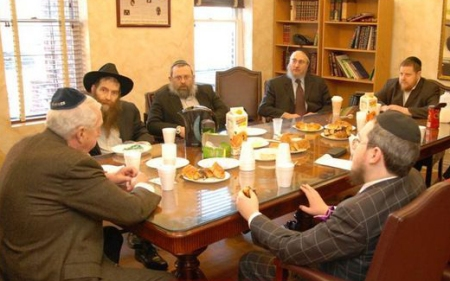 Assesing what went wrong with the Shomrim six Mesira and planing to do better next time.