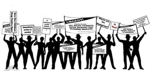 Bachurim protesting