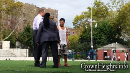 With the help of Shomrim, police apprehend the individual suspected of sexually assaulting the young woman in 770. He was spotted playing soccer in Lefferts Park on Oct. 7th by patrolling Shomrim volunteers.